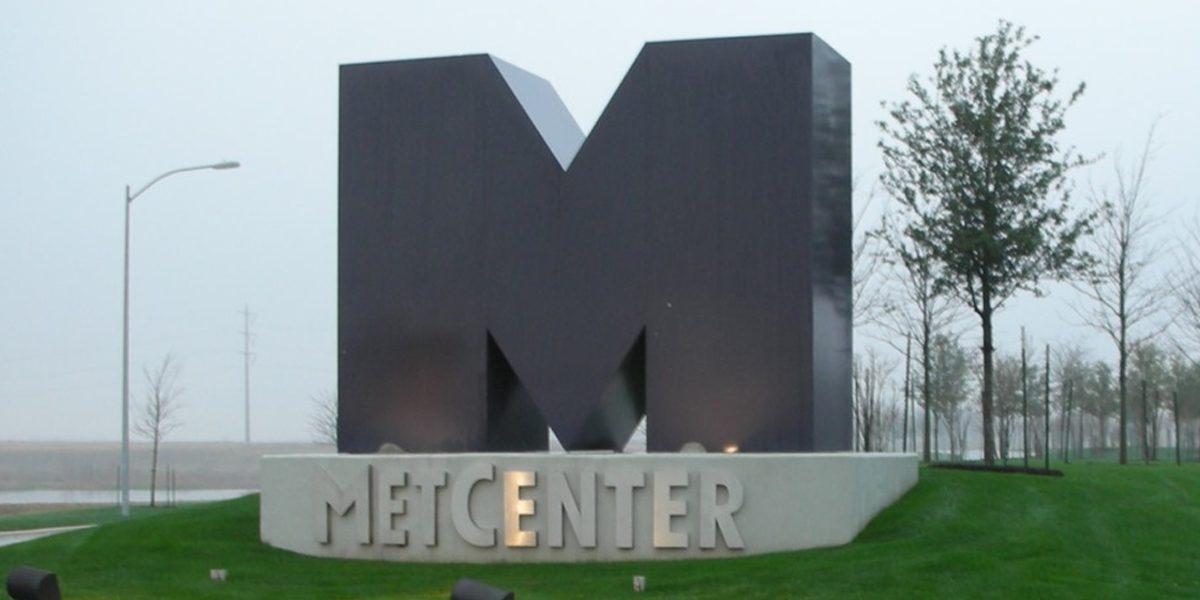 Exterior monument 2